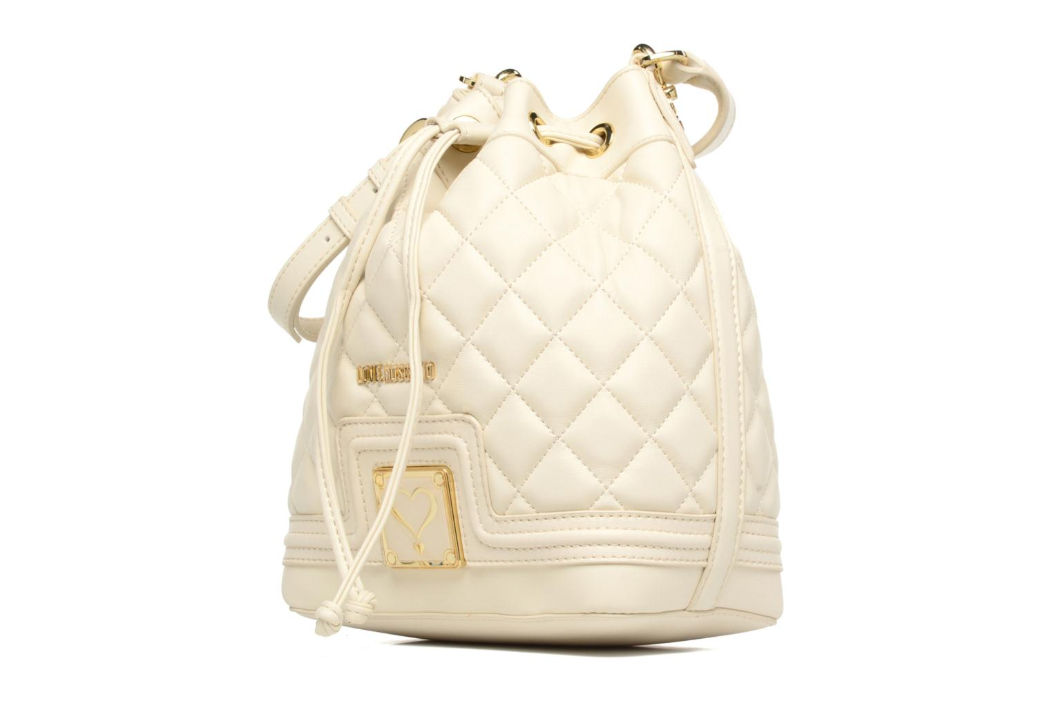 Sacs à main Love Moschino Super quilted Bucket bag Blanc vue portées chaussures