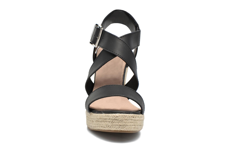 Sandales et nu-pieds Xti Esthy 33489 Noir vue portées chaussures