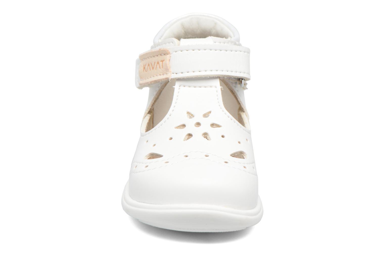 Sandales et nu-pieds Kavat Angsskar XC Blanc vue portées chaussures