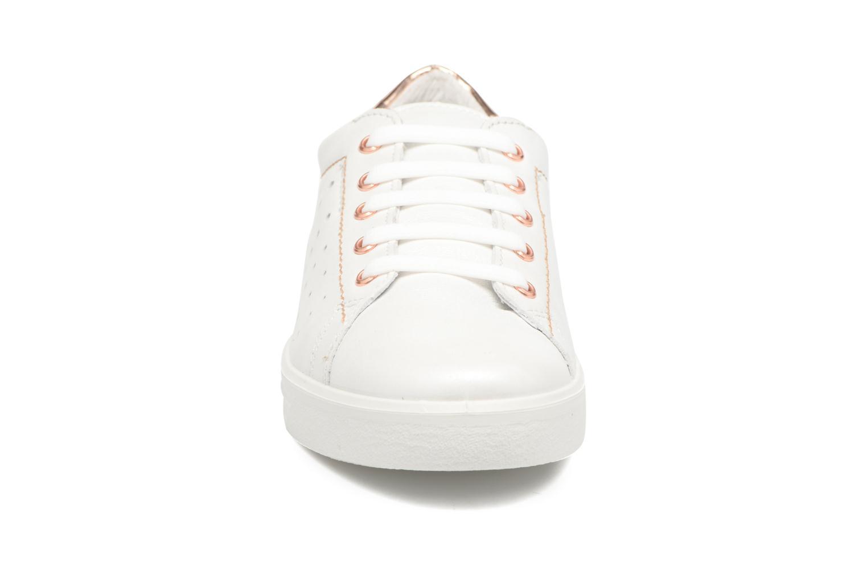 Sneakers Ricosta Midori Bianco modello indossato