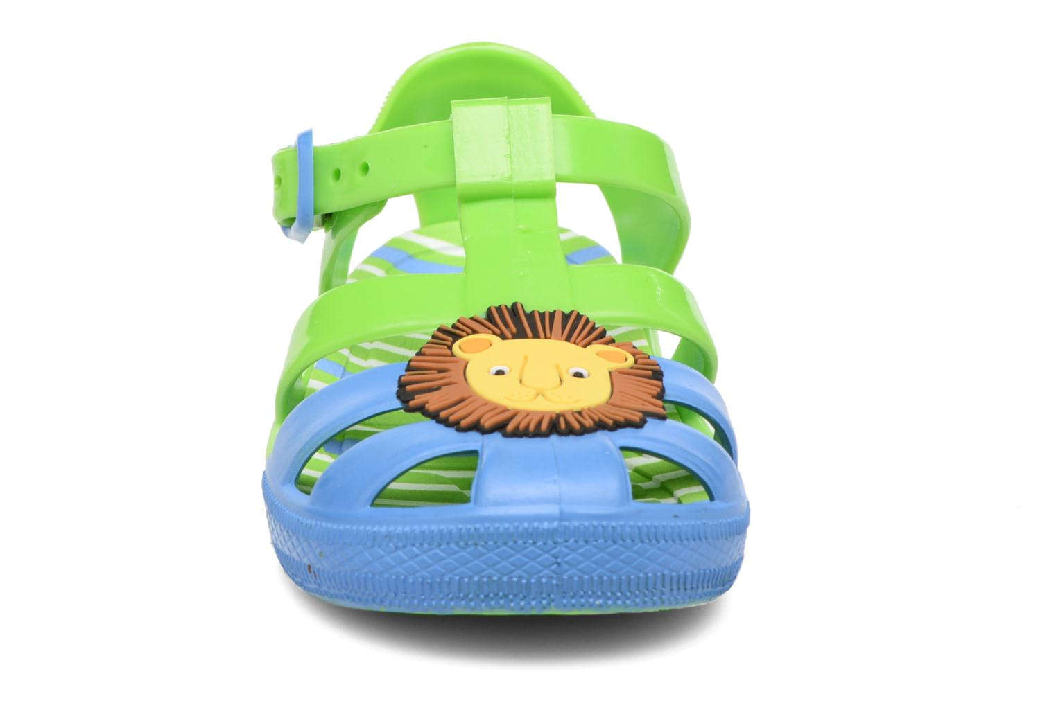 Sandalias Colors of California Jenny sandals LION Verde vista del modelo