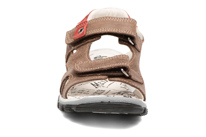 Sandales et nu-pieds Bopy Eblake Marron vue portées chaussures