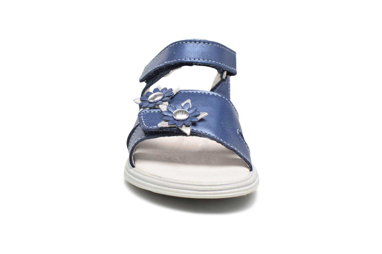 Sandalias Bopy Elisco Azul vista del modelo