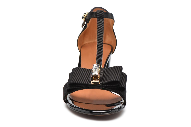 Sandales et nu-pieds Heyraud ENAEL Noir vue portées chaussures
