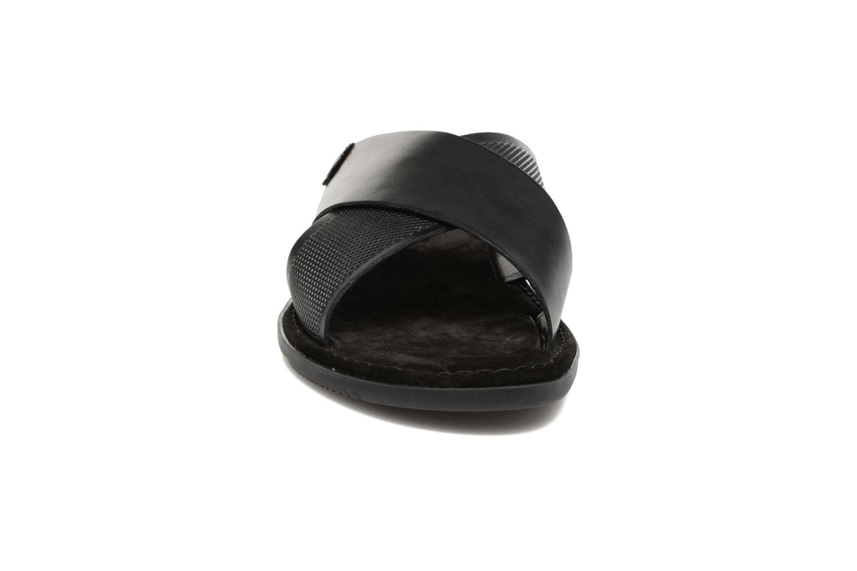 Sandales et nu-pieds Base London Hector Noir vue portées chaussures