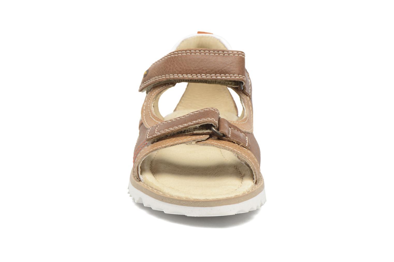 Sandales et nu-pieds Melania Mario Marron vue portées chaussures