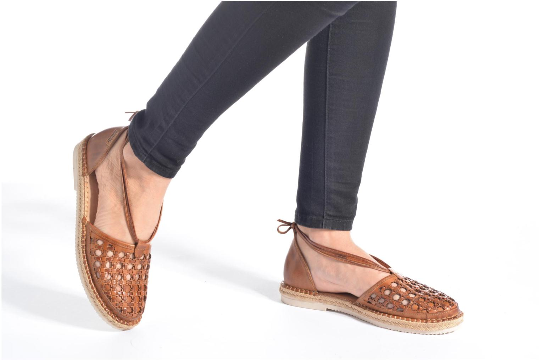 Chaussures à lacets Pikolinos Cadamunt W3K-3631 Marron vue bas / vue portée sac