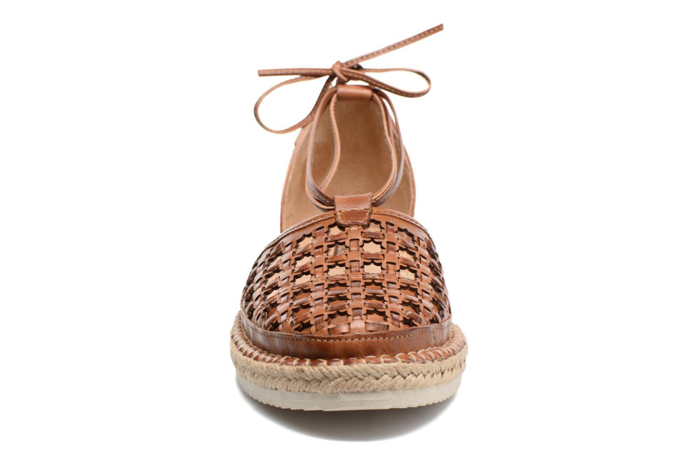 Chaussures à lacets Pikolinos Cadamunt W3K-3631 Marron vue portées chaussures