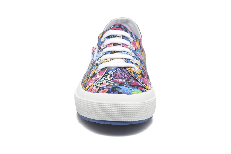 Sneakers Superga 2750 Fabric Liberty W Multicolore modello indossato