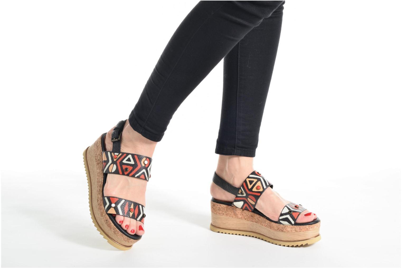 Sandales et nu-pieds Bruno Premi Bamaco Multicolore vue bas / vue portée sac