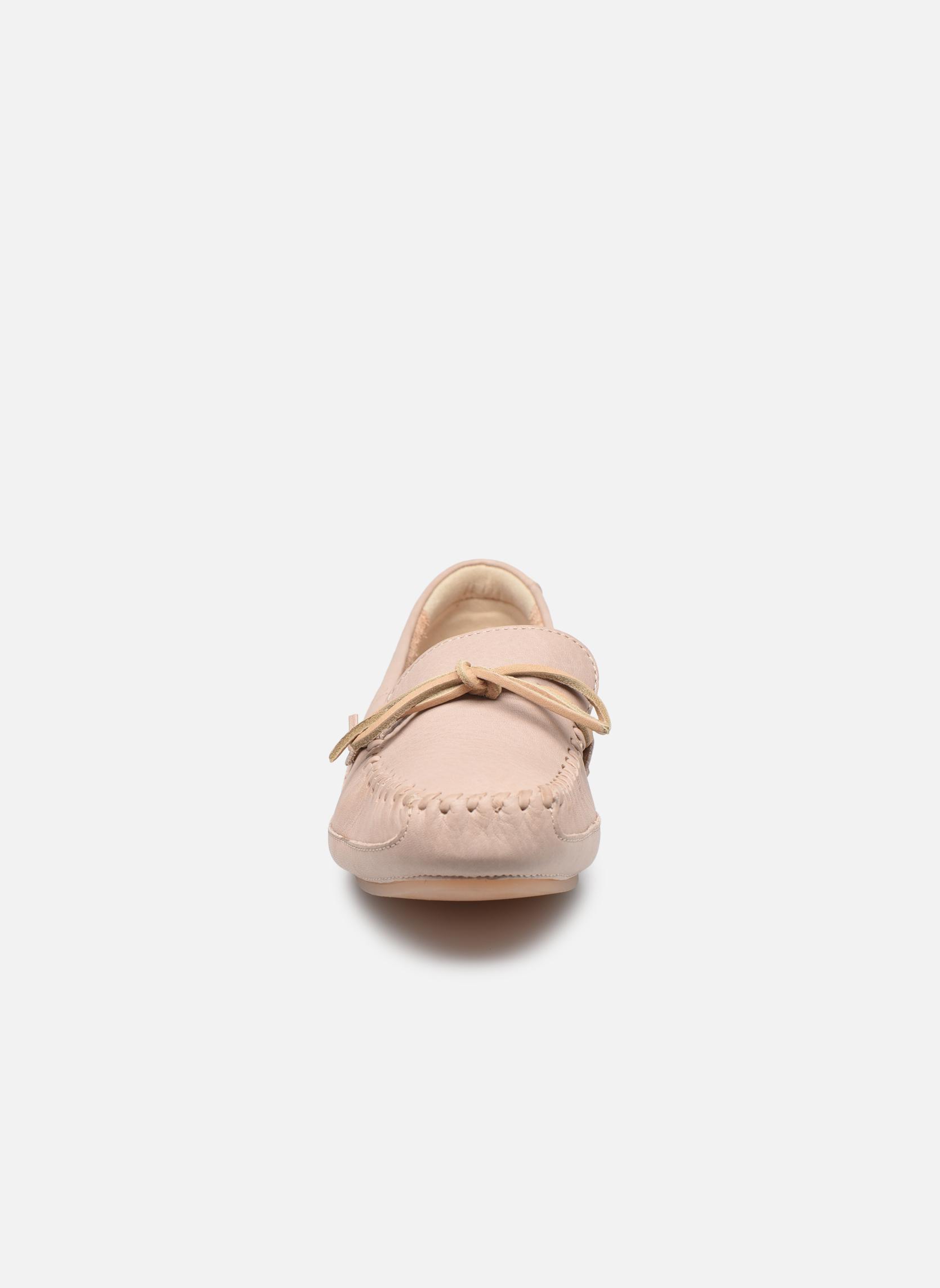 Loafers Clarks Natala Rio Beige se skoene på