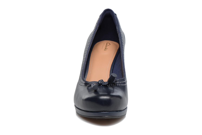 Escarpins Clarks Chorus Bombay Bleu vue portées chaussures