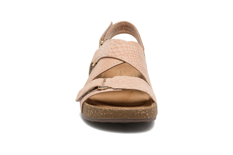 Sandales et nu-pieds Clarks Rosilla Essex Marron vue portées chaussures