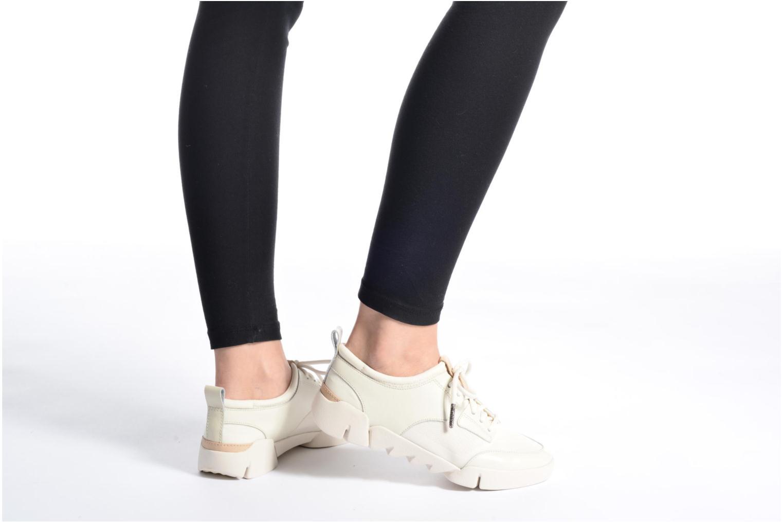 Sneaker Clarks Tri Soul weiß ansicht von unten / tasche getragen