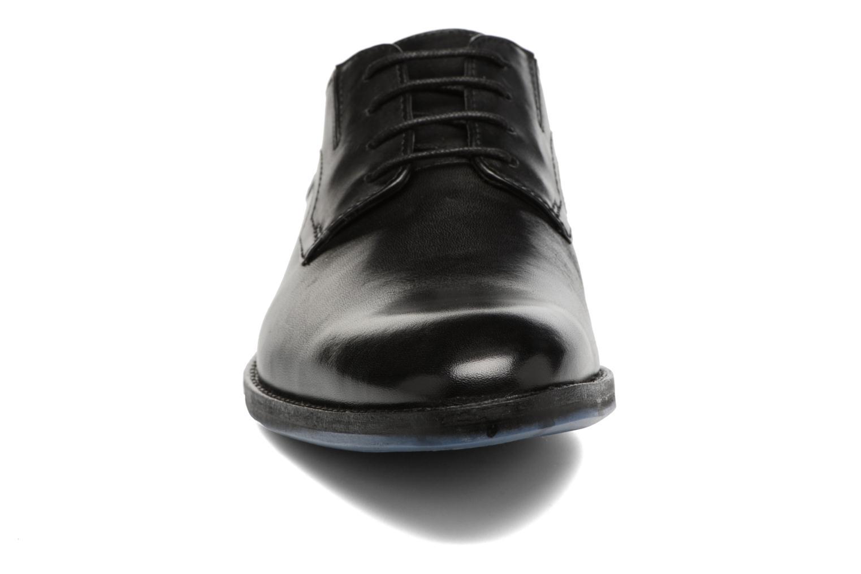 Chaussures à lacets Clarks Prangley Walk Noir vue portées chaussures