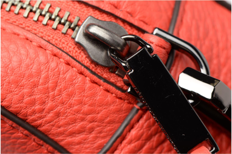 Bolsos de mano Rebecca Minkoff 4 ZIP MOTO CAMERA BAG Rojo vista lateral izquierda