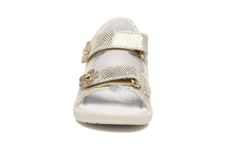 Sandales et nu-pieds Naturino Agata 1570 Or et bronze vue portées chaussures