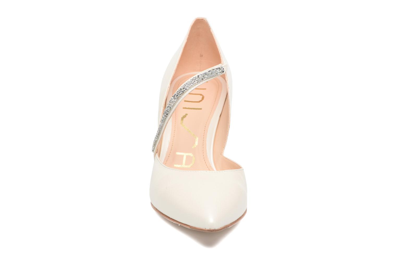 Escarpins Unisa Kinti Blanc vue portées chaussures