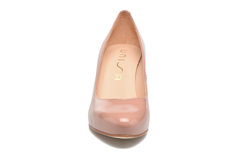 Zapatos de tacón Unisa Nade Rosa vista del modelo