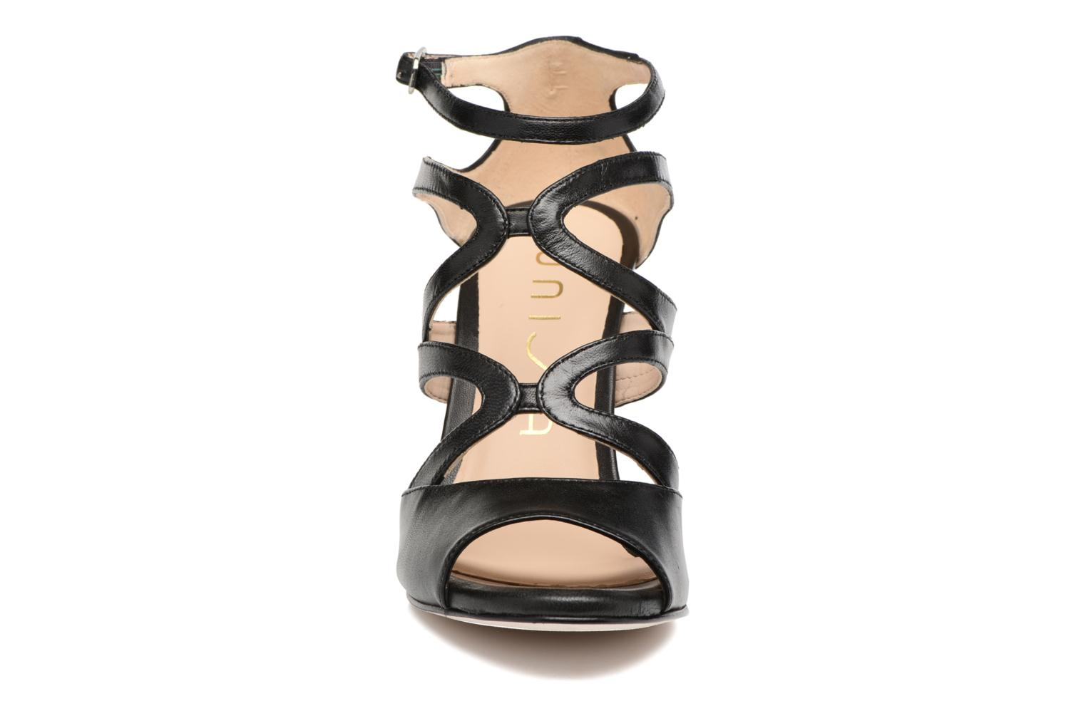 Sandals Unisa Wence Black model view
