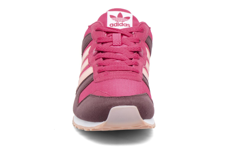 Baskets Adidas Originals Zx 700 J Rose vue portées chaussures