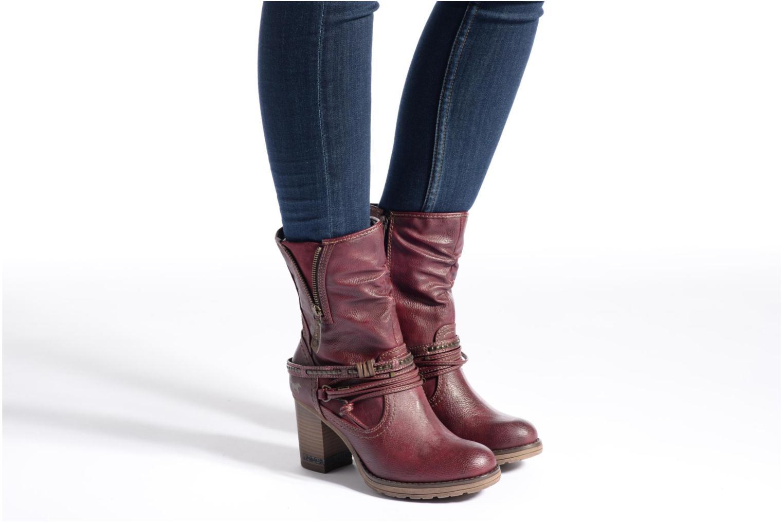 Bottines et boots Mustang shoes Bérénice Bordeaux vue bas / vue portée sac