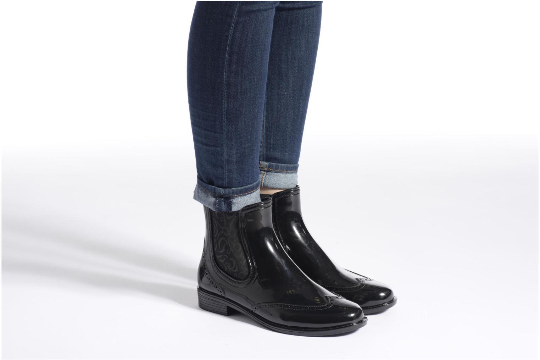 Bottines et boots Mustang shoes Betina Rouge vue bas / vue portée sac