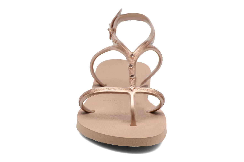 Sandales et nu-pieds Havaianas Allure Maxi Marron vue portées chaussures