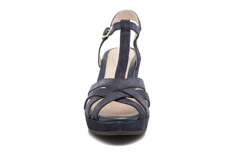Sandales et nu-pieds Stonefly Marlene II Bleu vue portées chaussures