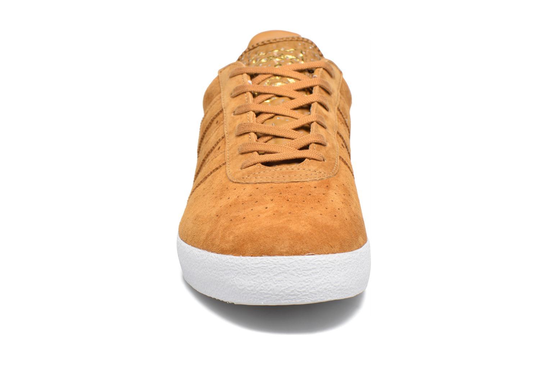 Baskets Adidas Originals Adidas 350 Beige vue portées chaussures