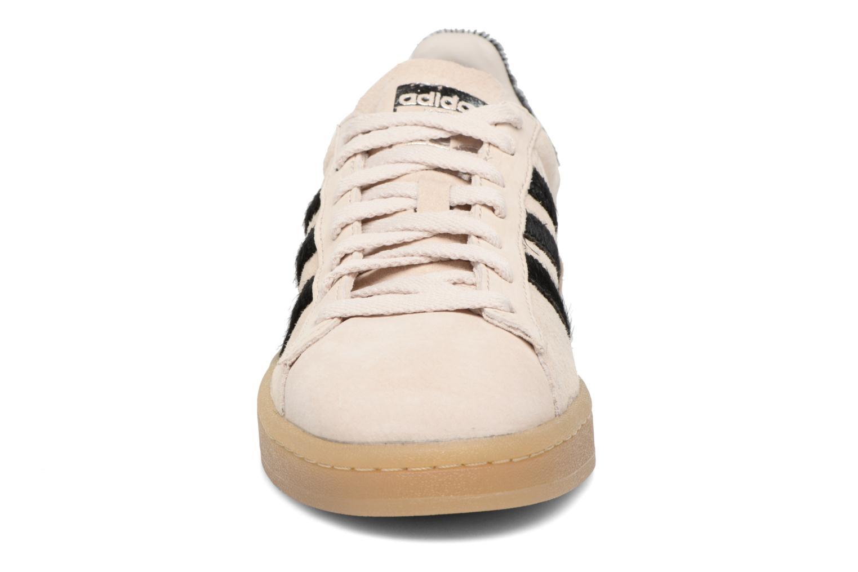 Baskets Adidas Originals Campus Noir vue portées chaussures
