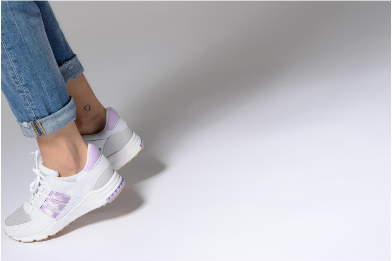 Sneaker Adidas Originals Eqt Support Rf W rosa ansicht von unten / tasche getragen