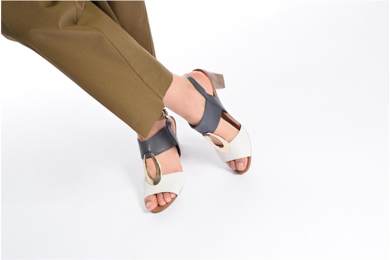 Sandales et nu-pieds Caprice Chenoa Bleu vue bas / vue portée sac