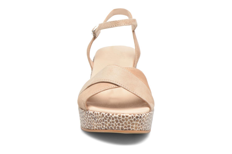 Sandales et nu-pieds HE Spring Lilou Beige vue portées chaussures