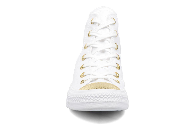 Baskets Converse Chuck Taylor All Star Hi Metallic Toecap Blanc vue portées chaussures