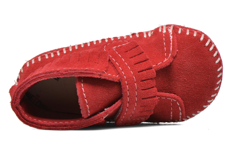 Bottines et boots Minnetonka Front Strap Bootie Rouge vue gauche