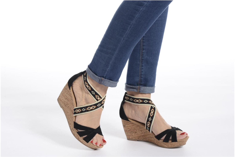 Sandali e scarpe aperte Minnetonka Drew Wedge Marrone immagine dal basso