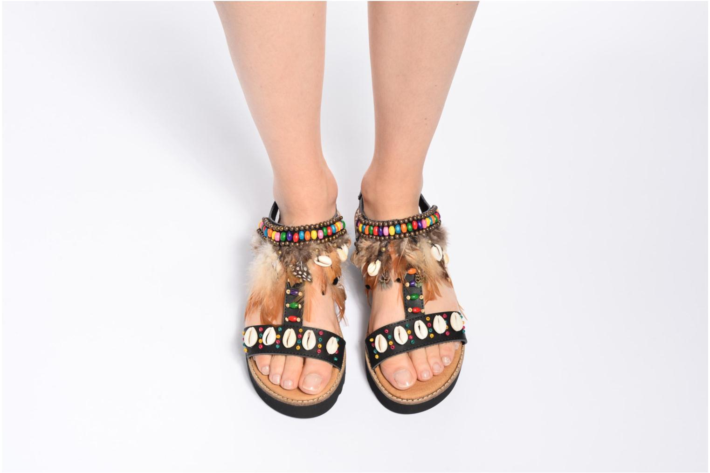 Sandales et nu-pieds Coolway Margarita Noir vue bas / vue portée sac