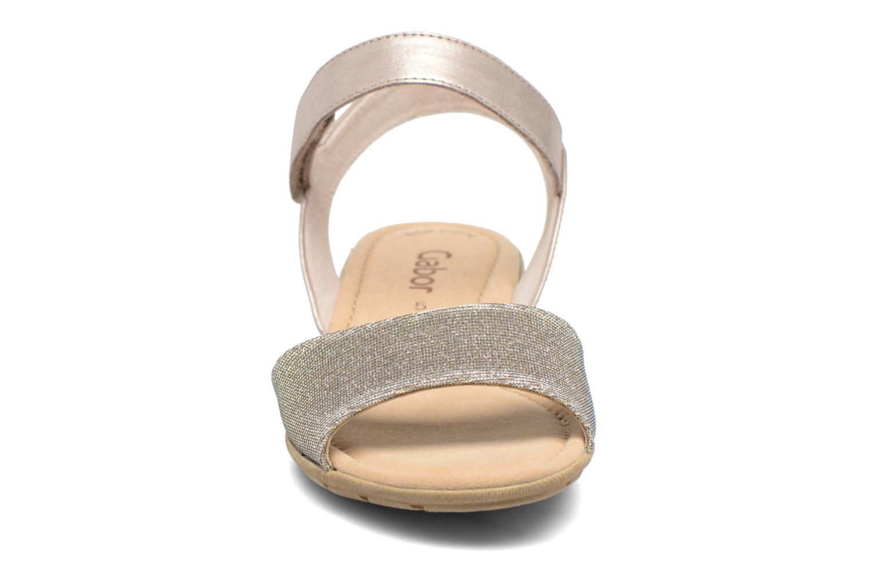 Sandales et nu-pieds Gabor Ferrare Argent vue portées chaussures