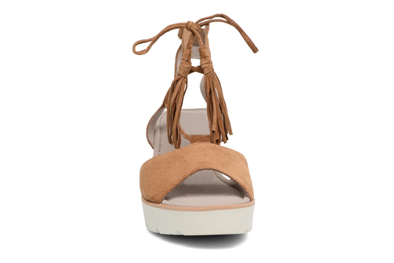 Sandales et nu-pieds Gabor Vittoria Marron vue portées chaussures