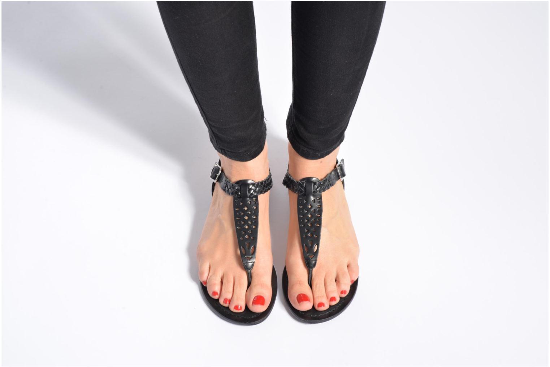 Sandales et nu-pieds Kaporal Ely Noir vue bas / vue portée sac