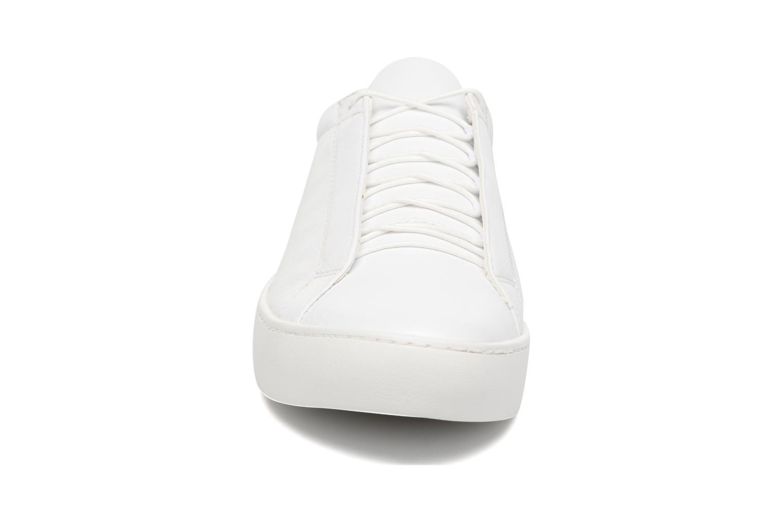 Baskets Vagabond ZOE 4326-001 Blanc vue portées chaussures