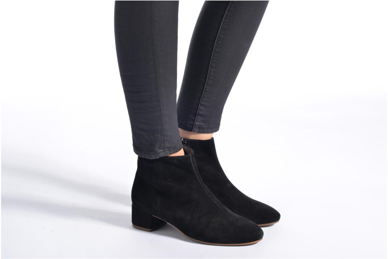 Bottines et boots Vagabond Shoemakers JAMILLA BOOTIE 4330-140 Noir vue bas / vue portée sac