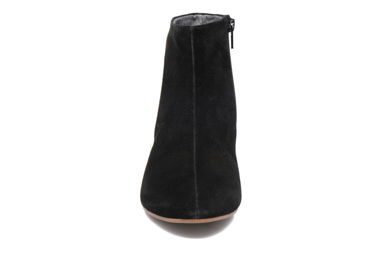 Bottines et boots Vagabond Shoemakers JAMILLA BOOTIE 4330-140 Noir vue portées chaussures