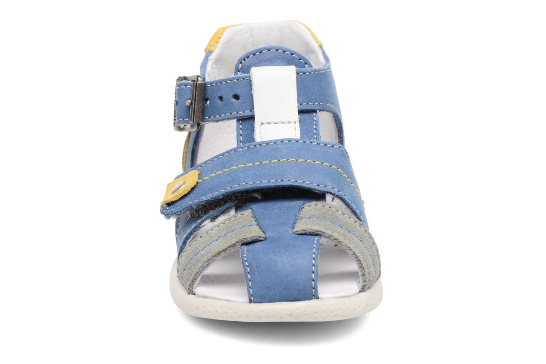 Bottines d'été Babybotte Gepeto Bleu vue portées chaussures