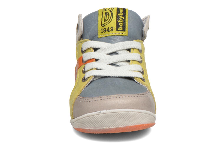 Chaussures à lacets Babybotte Fiesta Multicolore vue portées chaussures
