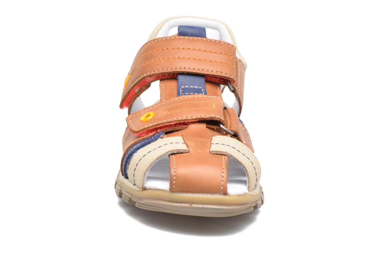 Sandales et nu-pieds Babybotte Karter Marron vue portées chaussures