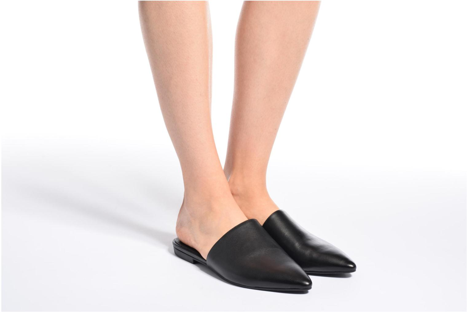 Mules & clogs Vagabond Katlin 4312-201 Black view from underneath / model view