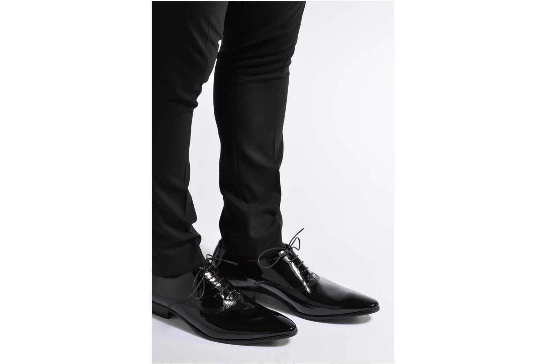 Chaussures à lacets Marvin&Co Nottoning Noir vue bas / vue portée sac