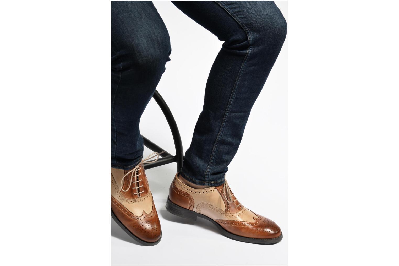 Chaussures à lacets Marvin&Co Noylow Marron vue bas / vue portée sac